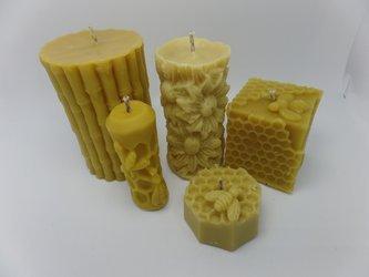 Zestaw pięciu świec z wosku pszczelego świeczki