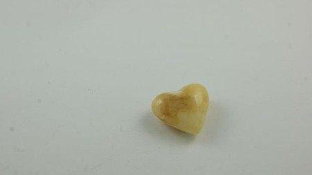 bursztyn bałtycki serce spękany biały naturalny 2,9 g